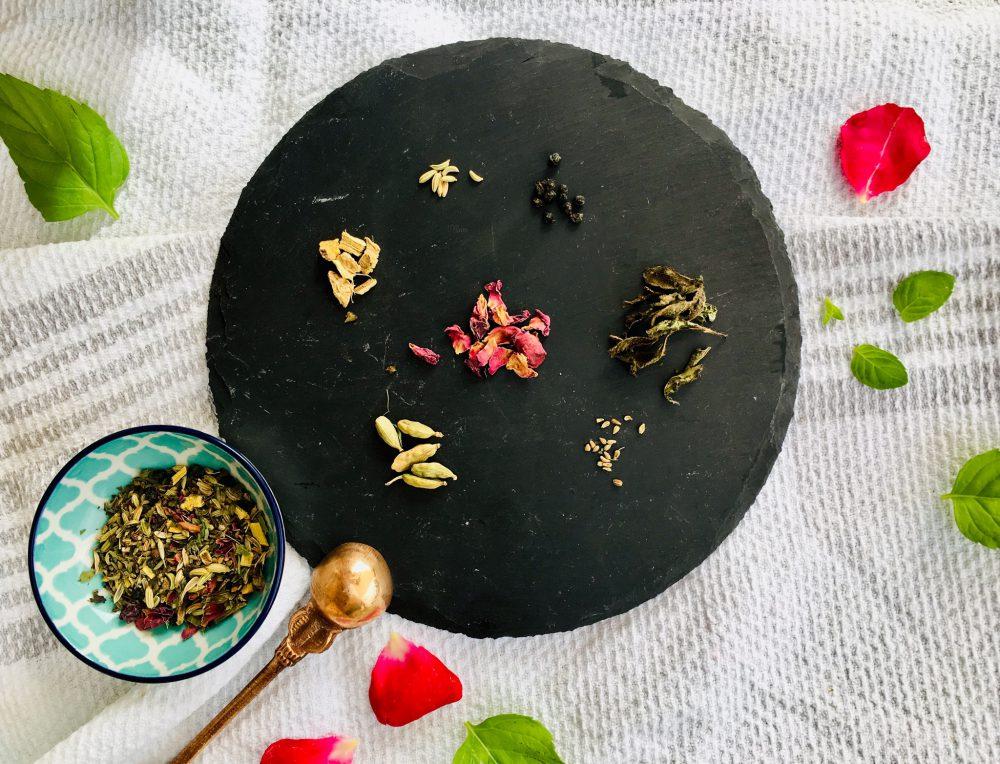 Pitta-Tee mit kühlenden Zutaten