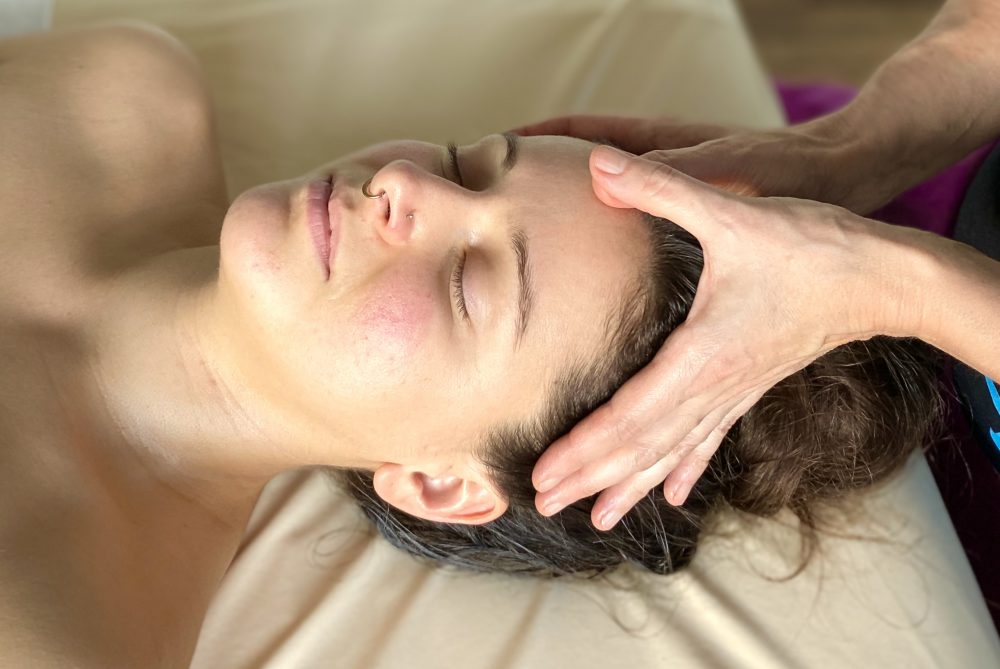 Mukabhyanga - Gesichts-Kopf-Nackenmassage